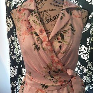 🆕 NWT Shelby & Palmer Floral Wrap Dress
